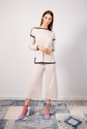 fw-18-19-03-53027-top-53029-trousers-03